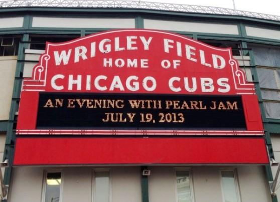 pearl-jam-chicago-e1358957415482
